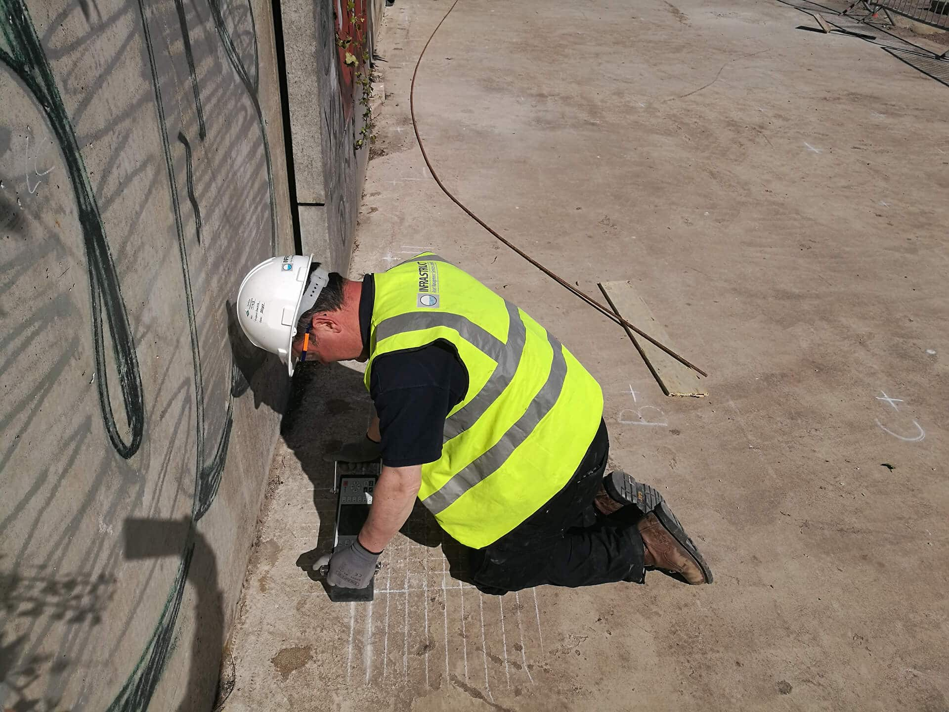 MIRA Pulse Echo surveys for concrete integrity assessment